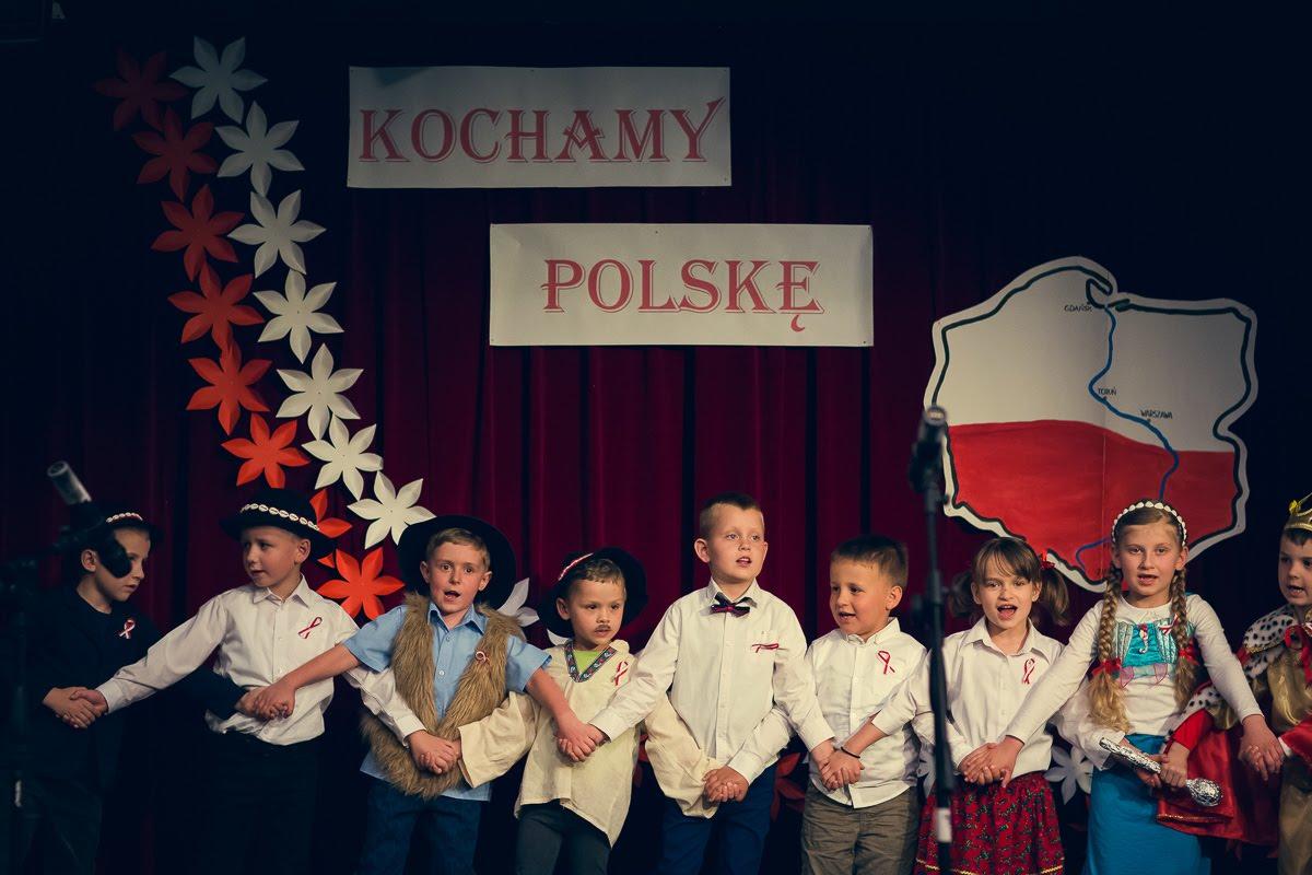 Jesteśmy Polakami – wspólne świętowanie 100-lecia odzyskania niepodległości wMCDiS.